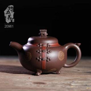 紫砂壶大师冯云华,唐风壶